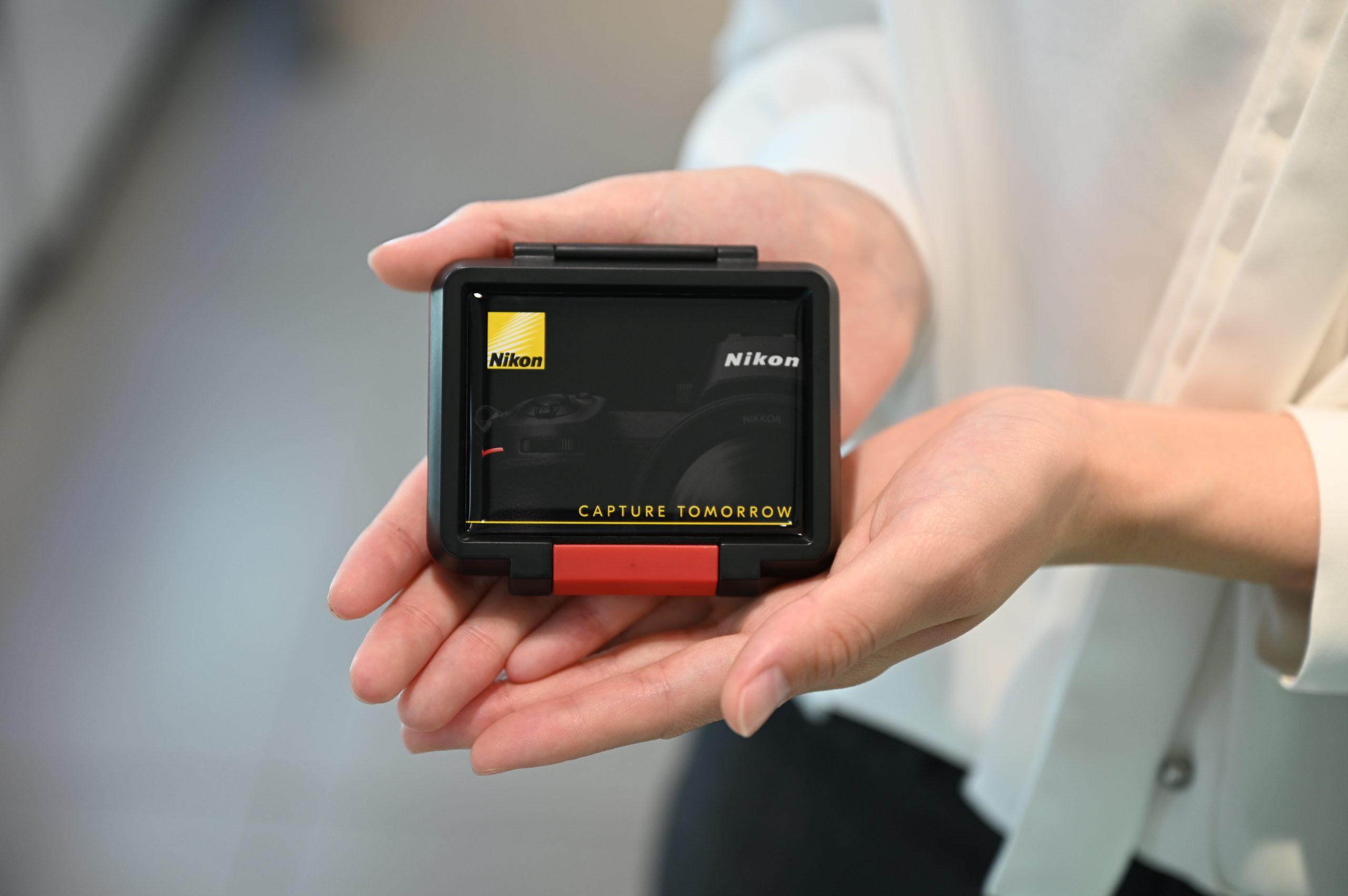 【Nikon】Nikon × Mapcamera オリジナルデザインメモリーカードケース