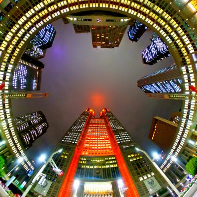 【RICOH】THETA Z1で見る夜の都庁