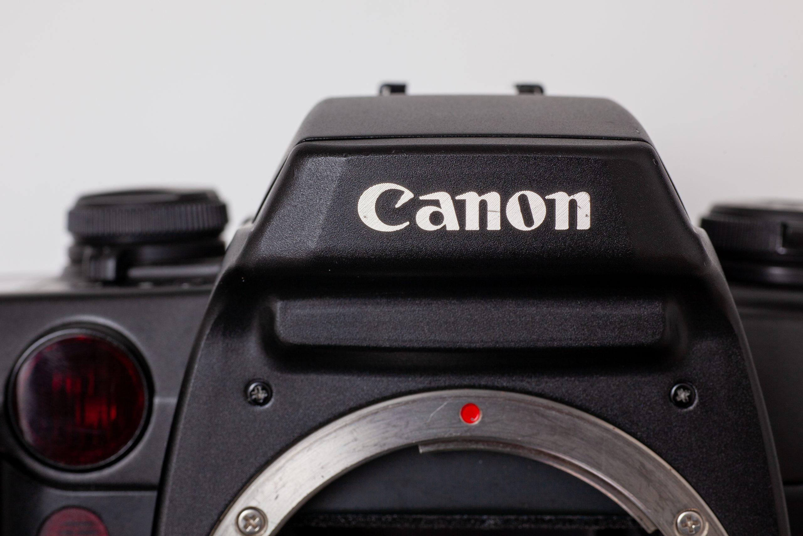 【11/30はカメラの日】視線入力AFの革命児 Canon EOS55