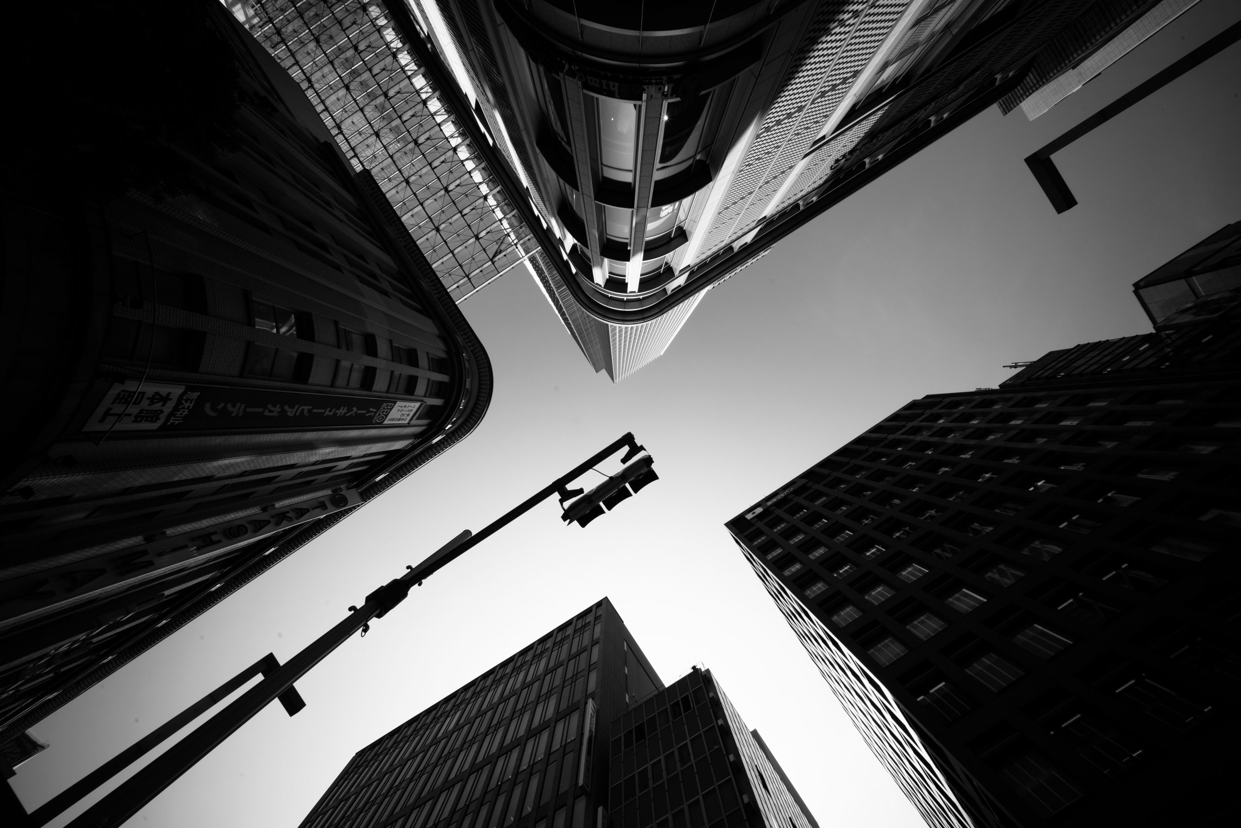 【LAOWA】超広角レンズ LAOWA 9mm F5.6 W-DREAMER で撮った街並み