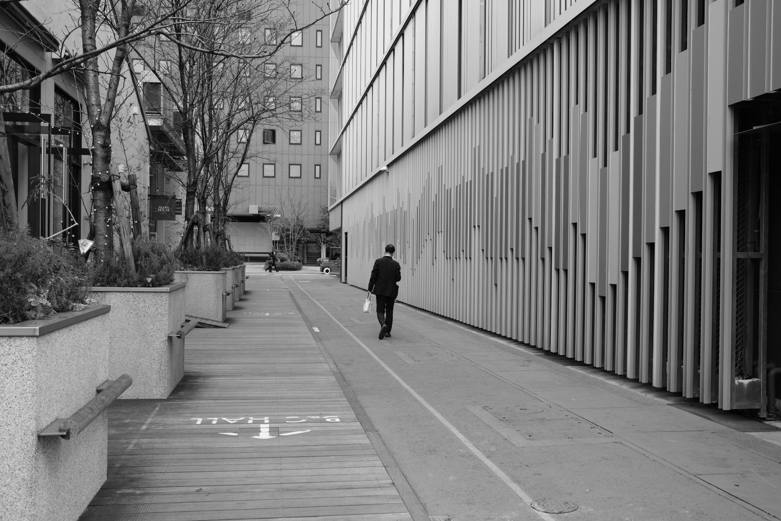【FUJIFILM】X100Vとモノクロスナップ散歩