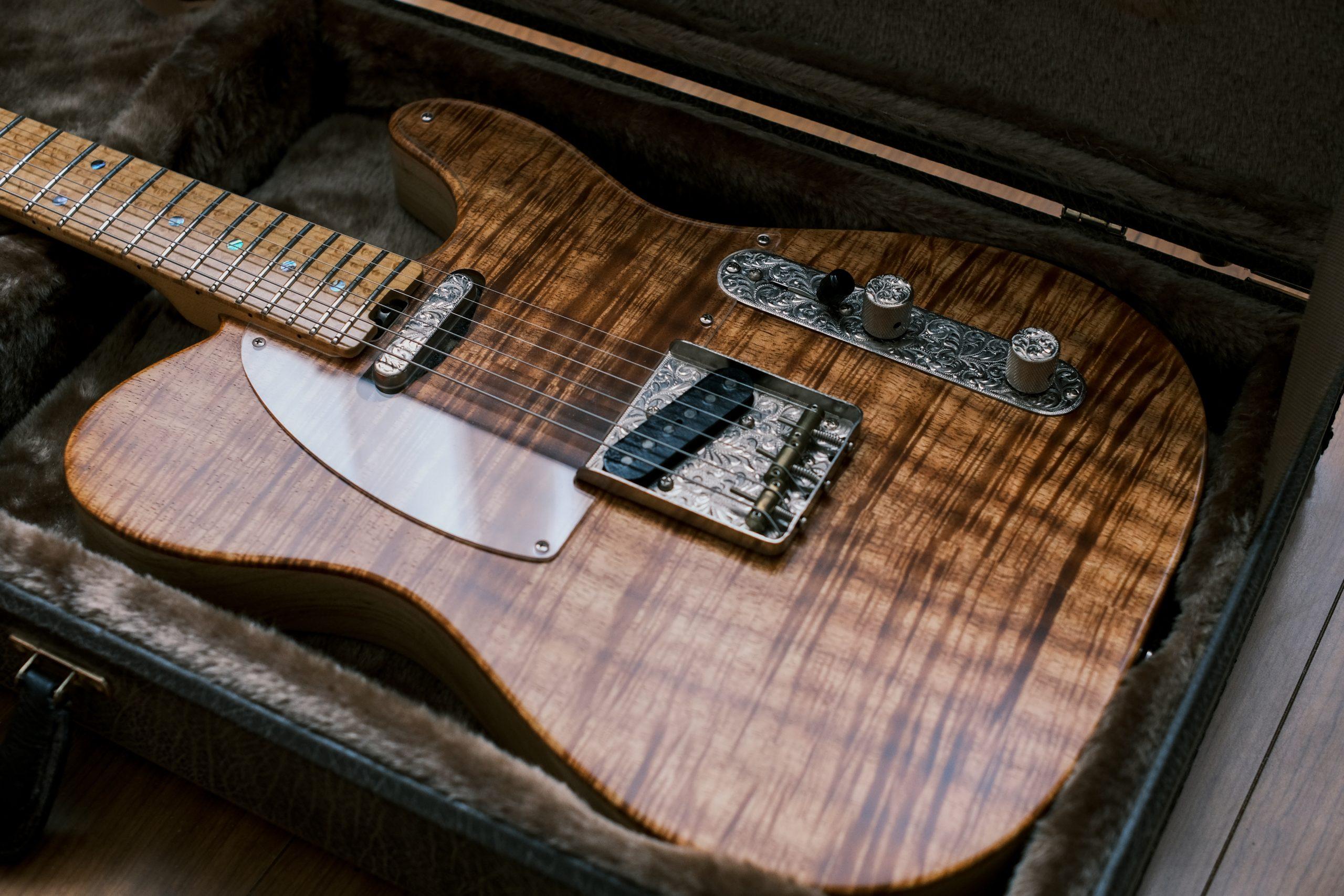 【FUJIFILM】パーツにこだわったギターを撮る