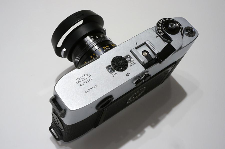 Leica 12538ズミクロンM50mm用フード