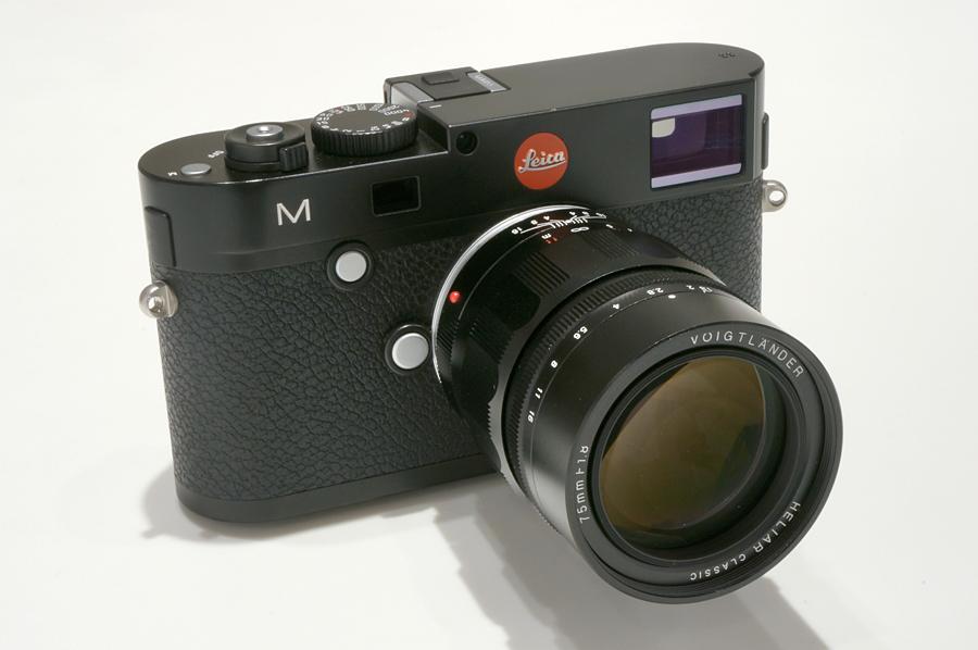 Leica M(Typ240) ブラックペイント + Voigtlander HELIAR classic 75mm F1.8 VM