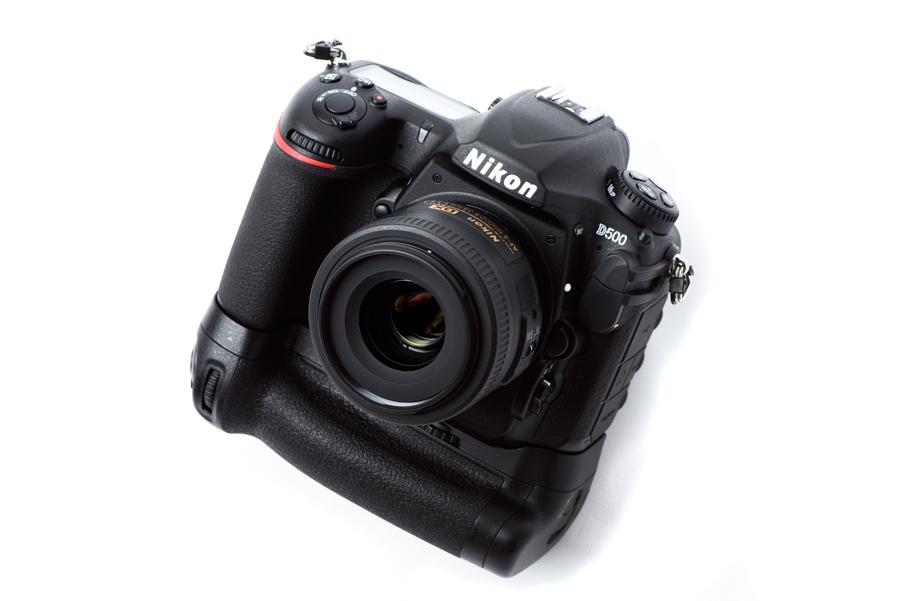 Nikon D500 マルチパワーバッテリーパック MB-D17