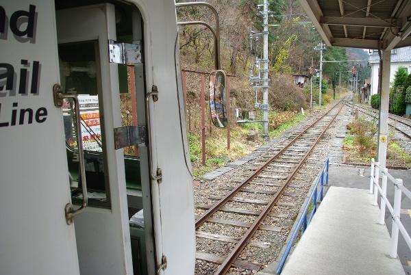新島々駅にて