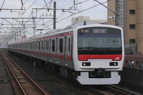 E331系試運転(千葉みなと駅にて)