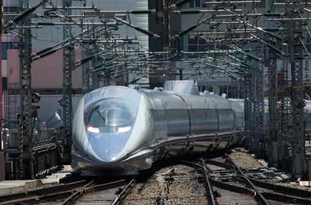 東京駅に入線する500系
