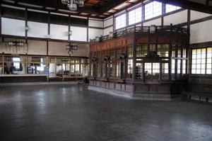 大社駅の待合室