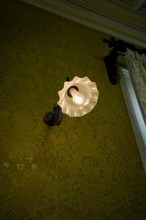 壁紙と照明