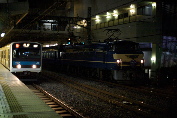 九州へ向かう「富士はやぶさ」