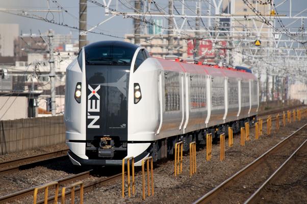 車庫へ戻る新N'EX 使用機材:Nikon D700+AF-S ED80-200mmF2.8D+TC-17EII