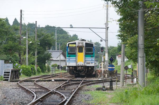上総亀山駅に停まる久留里線