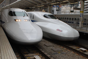 現行の700系と新型N700系