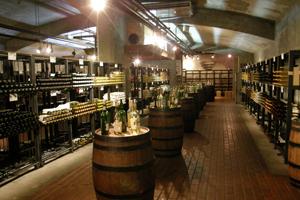 地下のワインカーヴ