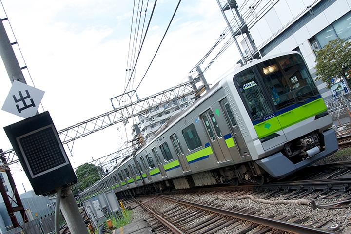 調布止まりの列車