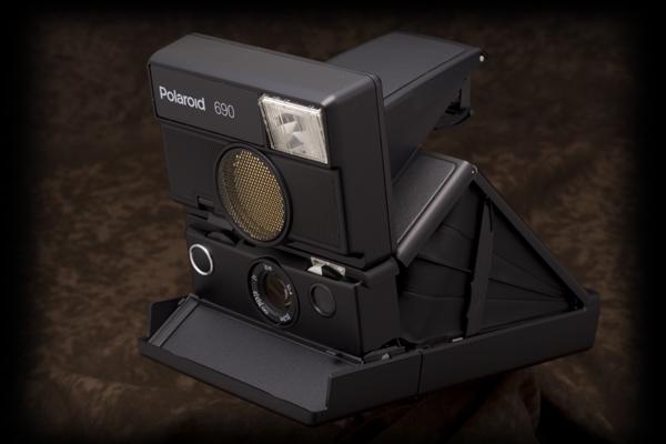 polaroid690