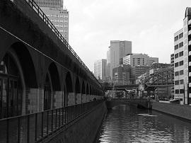 【OLYMPUS】万世橋・昌平橋界隈を歩く