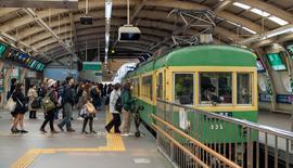 新しいカメラで江ノ島電鉄試写散歩