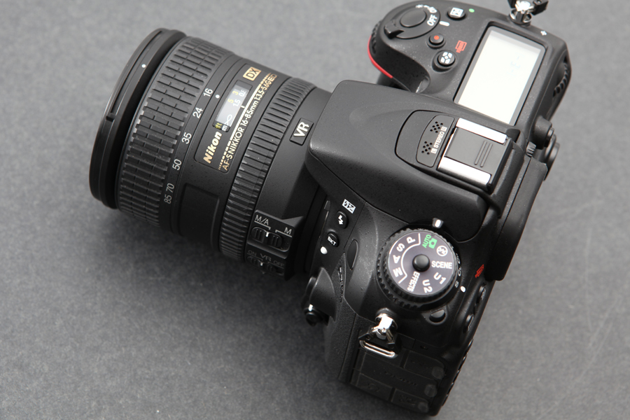 Nikon AF-S DX NIKKOR 16-85mm F3.5-5.6G ED VR