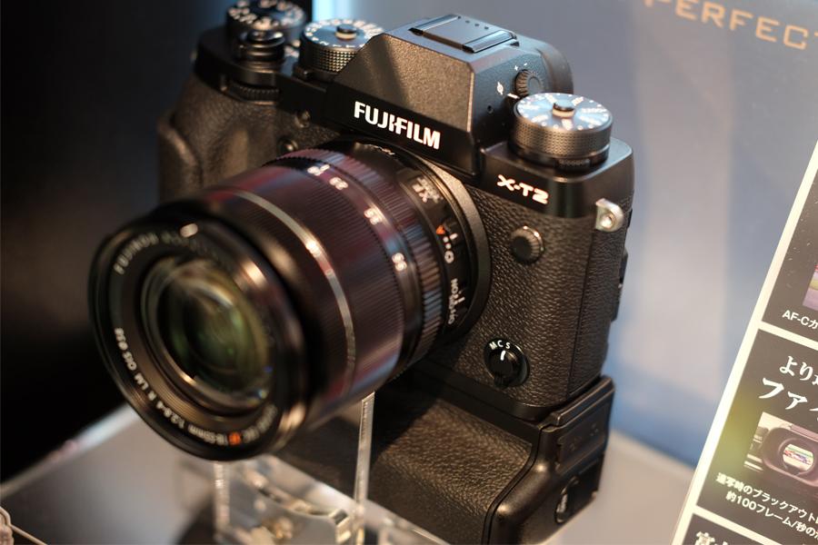 FUJIFILM (フジフイルム) X-T2