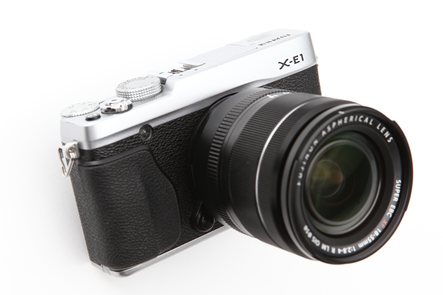 FUJIFILM (フジフイルム) X-E1