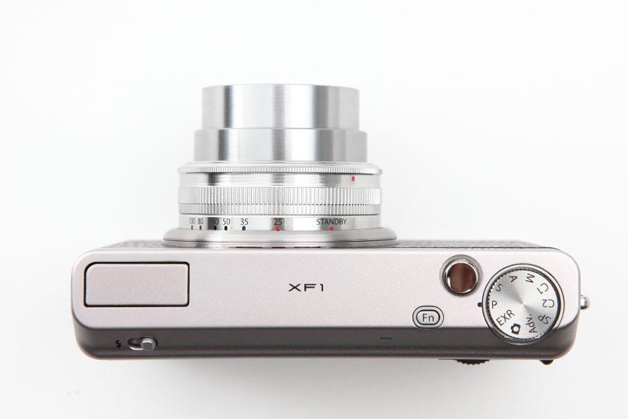 FUJIFILM (フジフイルム) XF1
