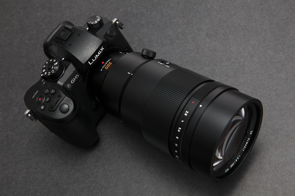 Panasonic(パナソニック)LEICA DG ELMARIT 200mm F2.8 POWER O.I.S.