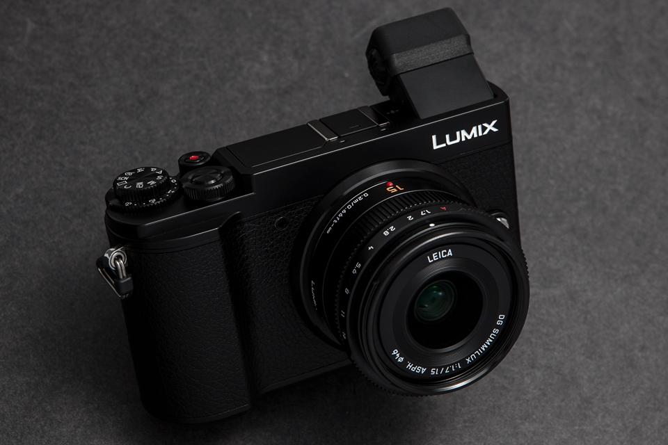 Panasonic (パナソニック) LUMIX DC-GX7MK3
