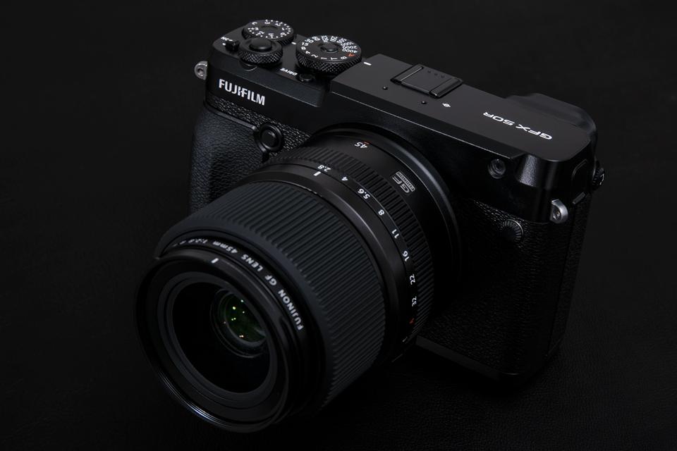 FUJIFILM (フジフイルム) GFX 50R