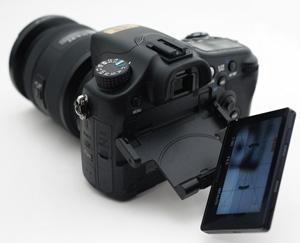 SONY α77 + DT 16-50mm F2.8 SSM