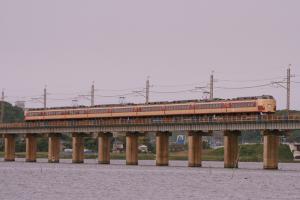 北浦鉄橋を渡るあやめ